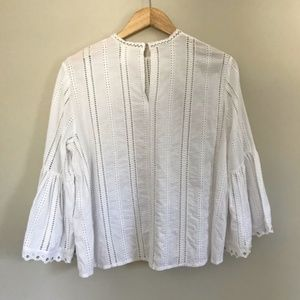 H&M Tops - H&M White Eyelet Lace Boho Bell Sleeve Blouse Sz 6